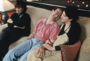 07. Bezos relaxes at home with MacKenzie and his mother, Jackie