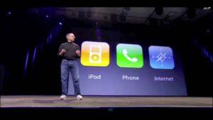 ویدیوی معرفی اولین آیفون توسط استیو جابز در سال 2007 (کیفیت HD)