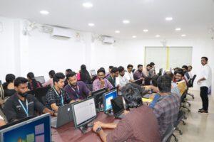 دفتر شرکت Infolks