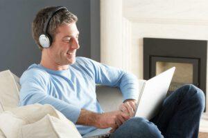 آشنایی با سرویس فوناک؛ تست شنوایی آنلاین و رایگان