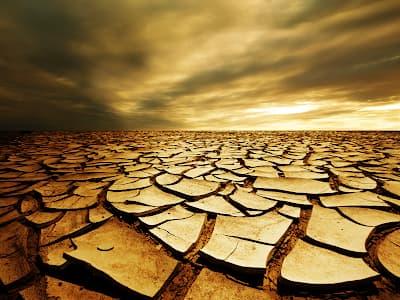 چند فکر در مورد افسردگی - بیابان خشک و ترک خورده